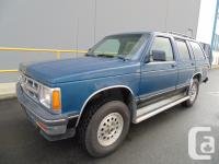 1994 CHEVY BLAZER four DOOR AUTOMATIC 4X4 AIR CONDITION