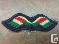 VINTAGE MILITARY PATCH WINGS WHITE RED GREEN UNKNOWN