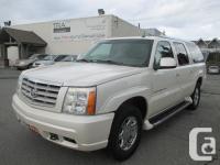 2003 Cadillac Escalade AWD seven Passenger Luxury S-U-V