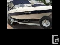 1998 Four Winns 200 Horizon. It comes complete with a