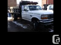 1998 Ford F350 Dump Truck Automatic four wheel-drive