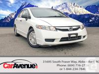 KM: 63.481 Drive: Front Wheel Drive Exterior: White