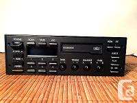 1992 Ford Crown Victoria Am fm stereo Cassette Player
