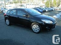 This 2014 Ford Focus SE Hatchback Sync Winter Package