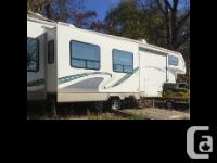 2004 Glendale Titanium fifth Wheel Length 32 ft Fully