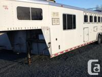 1995 Sooner five horse trailer 36 feet x 8 ft x 7 ft
