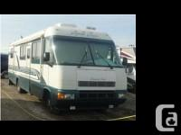 1995 Kustom Koach Executive 35 ft in overall length