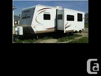 2010 Dutchmen Thor M26FDFL Travel Trailer 2010 Dutchman