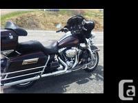 2011 Harley Davidson FLHTK Electra Glide. MINT!,