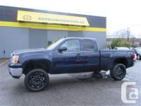 2012 GMC SIERRA SLE EXTENDED CAB four wheel-drive IS