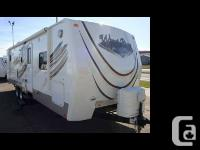 2010 Wind River M-2702BS Like new and spotless with