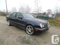 1997 MERCEDES BENZ E320 four DOOR AUTOMATIC AIR