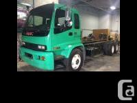 2005 GMC T8500 Tilt Cab The entire Cabin is in perfect