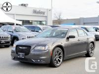 2015 CHRYSLER 300 S ! LOADED WITH LOTS OF OPTIONS