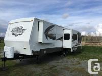 2011 34' Cougar 1/2 Ton Series by Keystone Cougar