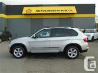 2012 BMW X5 35i AWD...THIS LOCAL BC UNIT IS FULLY