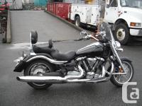 2006 Yamaha XV1900 Roadliner Cruiser Motorcycle.