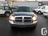 2005 DODGE DAKOTA four DOORD AUTO AWD WITH MATCHING