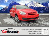 KM: 104.972 Drive: Front Wheel Drive Exterior: Red