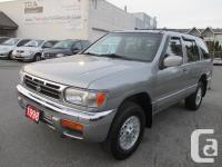 1998 Nissan Pathfinder LE 4X4 four Door S-U-V 3.3L V6