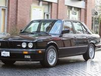 1988 BMW M5 BLACK ON CREAM INTERIOR five GEAR MANUAL On