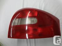 AudiTaillight Passenger Side / Right 4B5945096A