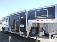 """ELITE three HORSE WITH 8'8""""FT SHORT WALL. IT HAS"""
