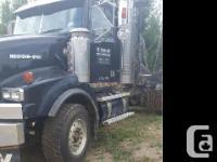 2002 Western Star 4900 Logging Truck 2002 Western Star