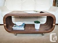 This iShape Slim coffee table / TELEVISION stand