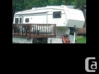 1993 Newmar Kountry Star 28WD3KFW fifth Wheel Length 30