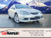 KM: 148.825 Drive: Front Wheel Drive Exterior: Silver