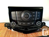 2014 Chevy Cruze Radio Compact disc player Face Plate