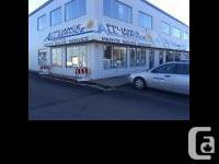 9267 - 50 Street Edm, T6B3B6, ( WASHERS - DRYERS -