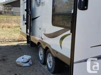 Like new. 2012 V front lite Flagstaff cabin camper.