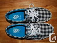 Vans Age (Gingham) Black/Antique White/Enamel Blue.