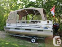 Pontoon Boat 18 foot. 2004 - FIFTY HP Mercury Bigfoot