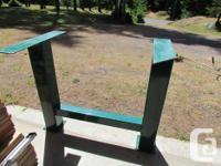 ''SOLID'' powder coated STEEL base with inlaid,