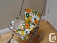 Very cute vintage design baby doll stroller in great