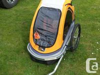 Like new bike trailer with Jogger conversion front