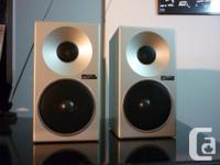 A fantastic sounding little pair of 1979 Technics SB-F2