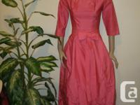 never worn, beautyful 2pc pink mini Dress with long