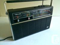 Classic Reasonable DX-40 Shortwave AM/FM/SW1/ SW2 Radio