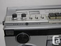 Vintage General Electric boombox. It is model 3-5256A.