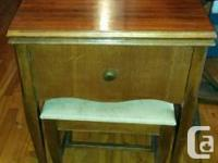 Early 1950s necchi sewing machine, nice solid wood