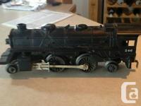 I am selling my Vinage post war Lionel train set for $