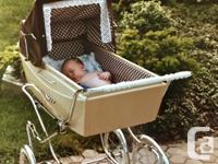 Vintage Peg Perego Pram in excellent condition. Made in