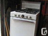 Vintage/antique BEACH 24 inch gas stove range