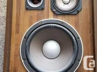 "Vintage Sansui sp-X6000 3-way speaker design with 10"""