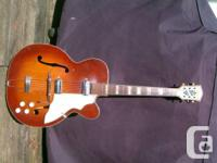 vintage SILVERTONE ELECTRIC HOLLOWBODY GUITAR-----RARE