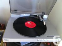 Here is my Sony PS-LX500 turntable with linear tracking